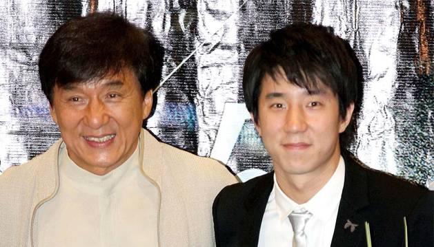 Jackie Chan famosos que desheredaron a sus hijos